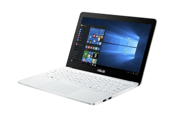 2016/02 ASUS ノートパソコン EeeBook X205TA-WHITE10 win10 ホワイト 8000円買取